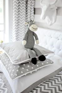 pin bedding
